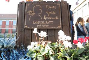 DOUAI : Hommage Samuel Paty